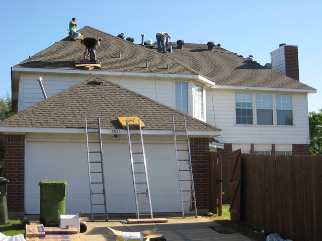 Choice Roofing | Residential Roofing Company Reviews | Top Residential Roofing Contractor | Best Residential Roofing Contractors in Oklahoma City, Edmond, Jones, Choctaw, Harrah, Del City, Midwest City, Moore, Norman, Newcastle, Tuttle, Mustang, Yukon, Piedmont, El Reno, Blanchard, Bethany, and Hall Park