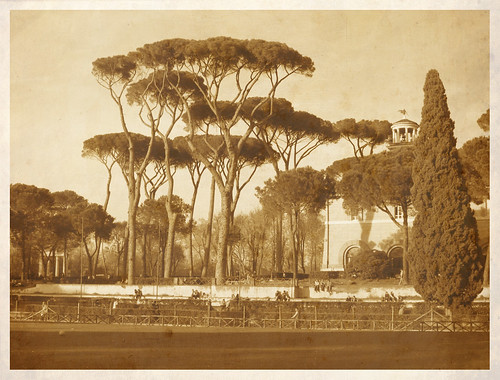 Old Siena square in Villa Borghese | by dragonfly901