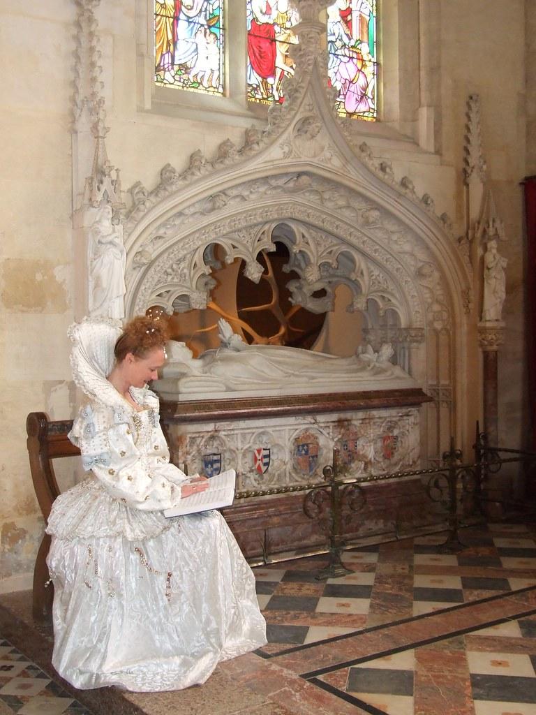 Elizabeth By Katherine Parr S Tomb Jennicatpink Flickr