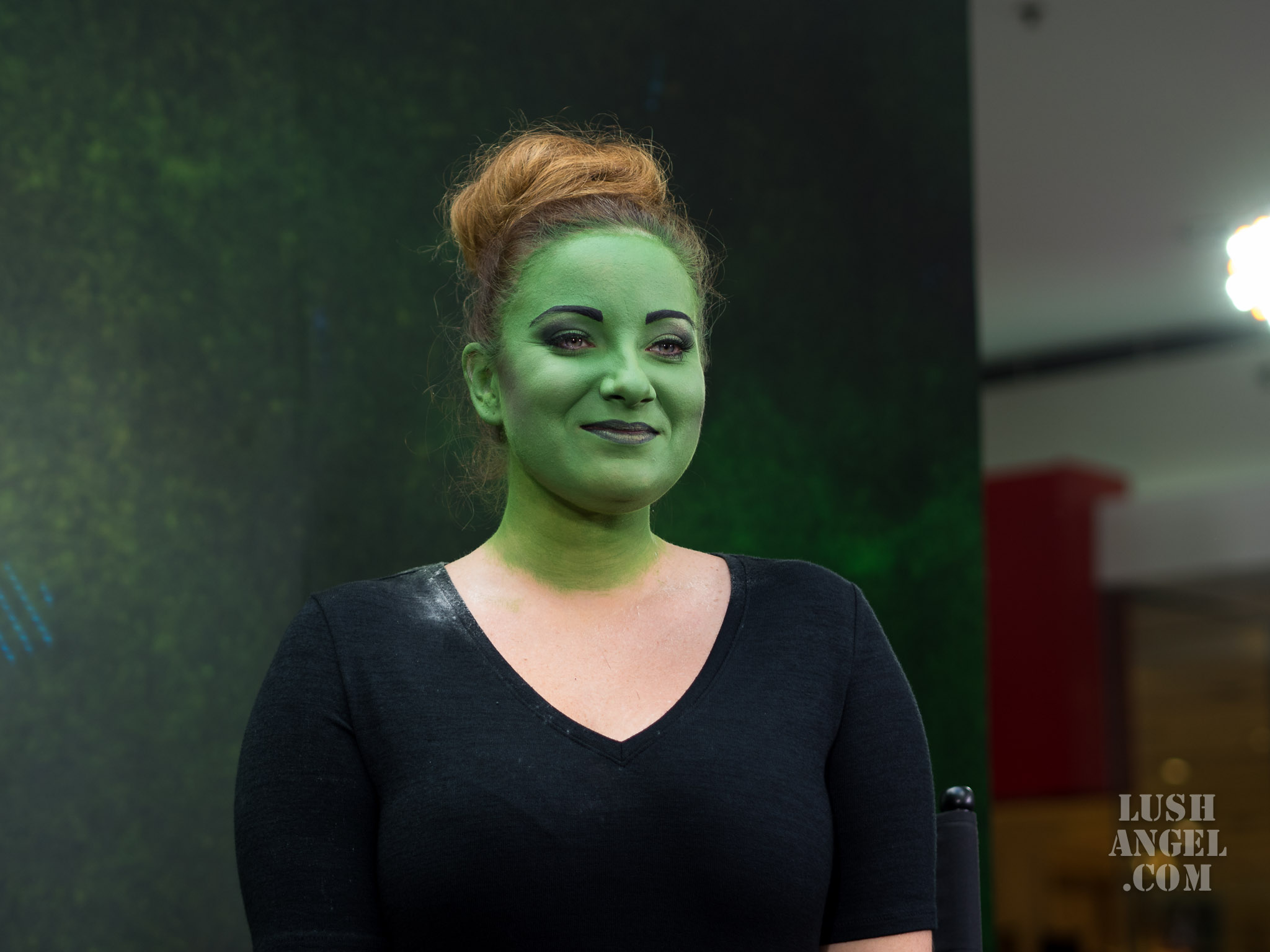 wicked-elphaba-makeup