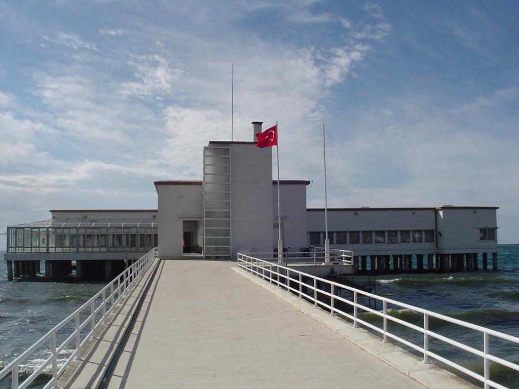 Florya Atatürk Deniz Köşkü, 1934   Constructed as a light ...