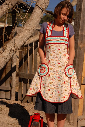 The Lola Apron 3 | by sew liberated