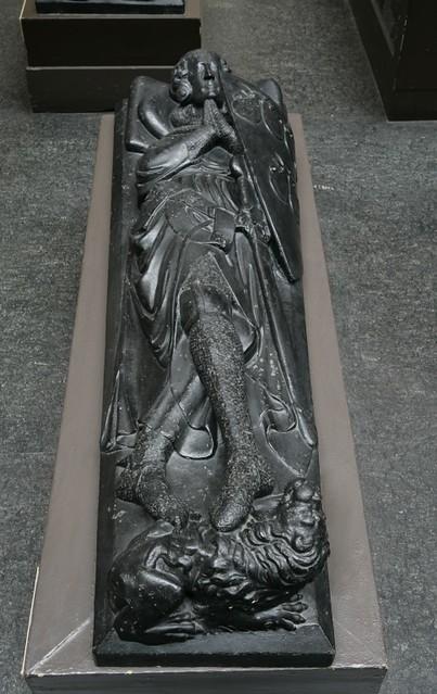 Plaster Cast Of An Effigy Of Robert De Roos Museum No Re