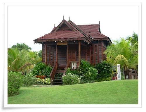 Rumah Limas Kota Tinggi   Traditional Johor Malay house   Flickr