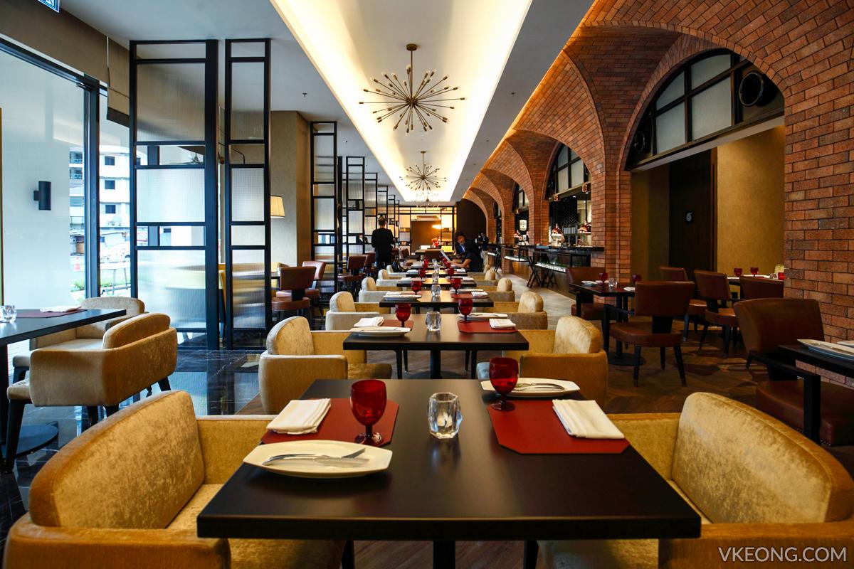 Brasserie 25 Restaurant Stripes Hotel KL