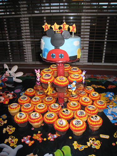 Mickey Mouse Clubhouse Cupcake Tower 10 Inch Cake And