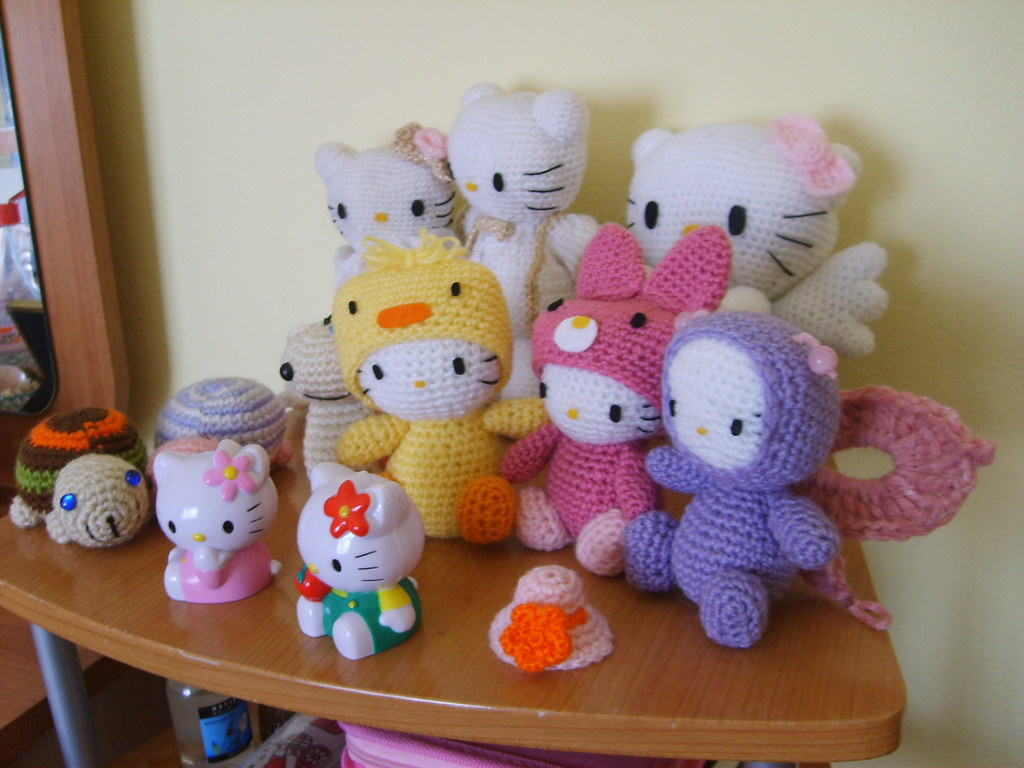 Hello Kitty and other Amigurumi friends Flickr