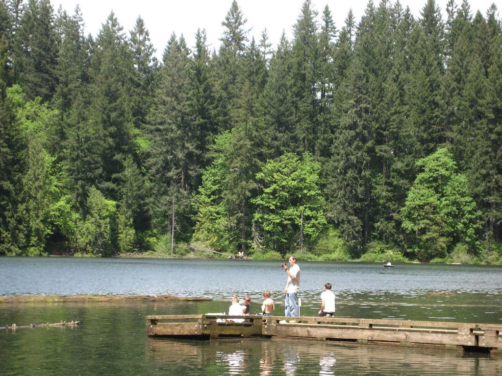 Kids fishing at battle ground lake chris hyde flickr for Battle ground lake fishing