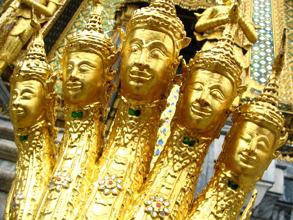 Five-headed snake guards door | roamingleah | Flickr - photo#13