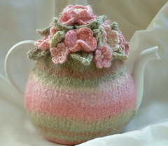 6 Cup Hand Knitted and Felted Tea Cosy | by delightful knits