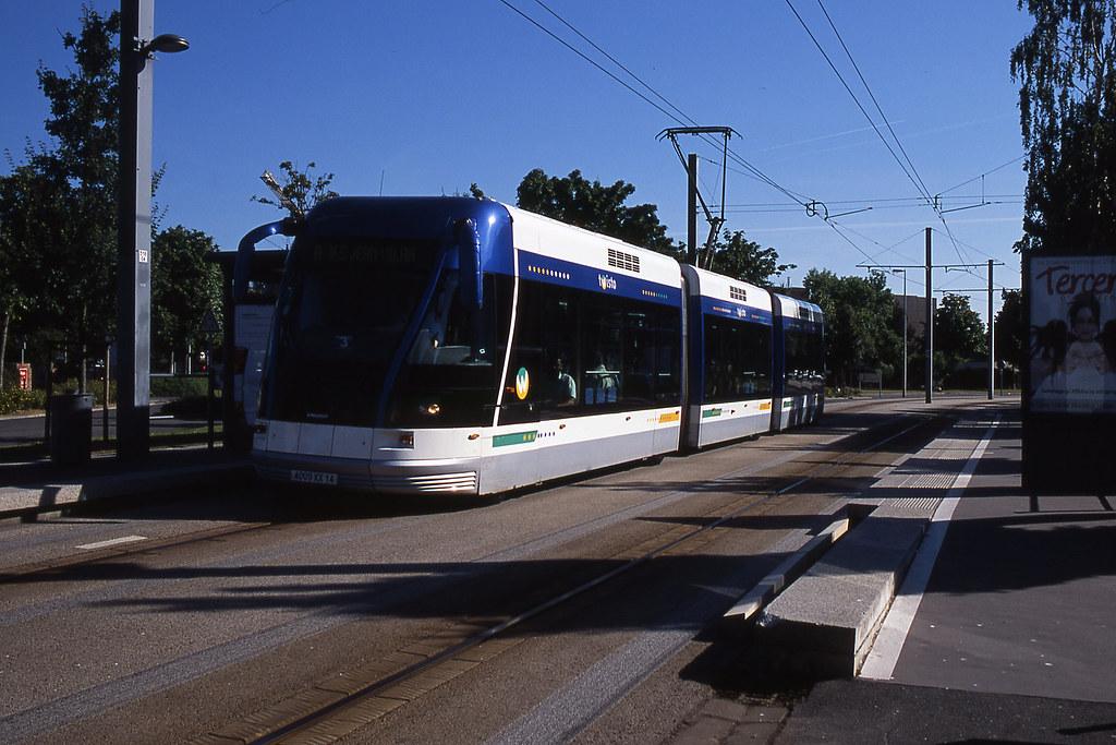 jhm 2005 0245 caen tramway sur pneus bombardier flickr. Black Bedroom Furniture Sets. Home Design Ideas