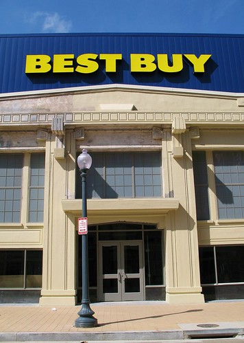 best buy with preserved facade irving street view of dcusa flickr. Black Bedroom Furniture Sets. Home Design Ideas
