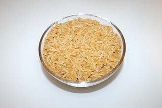 16 - Zutat Kritharaki / Ingredient kritharaki