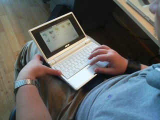 Peter's ASUS eee Linux PC - Image803 | by roland