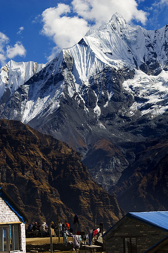French Trekkers in Annapurna Base Camp | by elosoenpersona