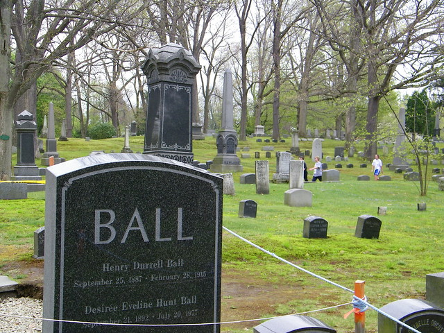 Walking Past Lucille Ball 39 S Family Plot Flickr Photo Sharing