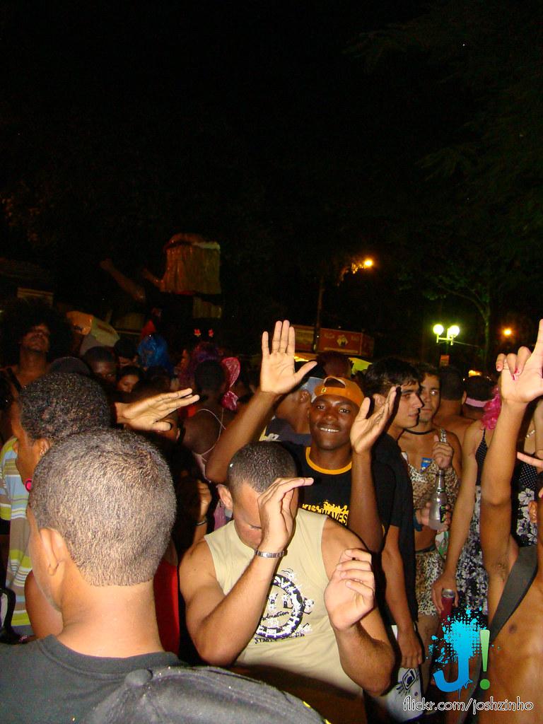 DSC00509.jpg | Carnaval magé - quinta-feira bloco das pirasn ...: www.flickr.com/photos/joshzinho/2234621473
