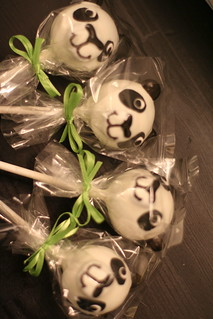 Panda Cake Pops! | by Sweet Lauren Cakes