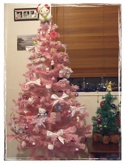 pink hello kitty christmas tree. | by [Kittyrobot] jodie