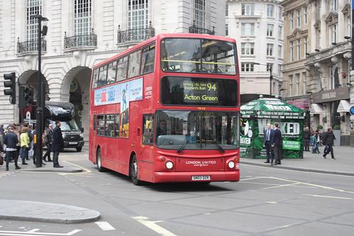 London United TA316 SN03DZR