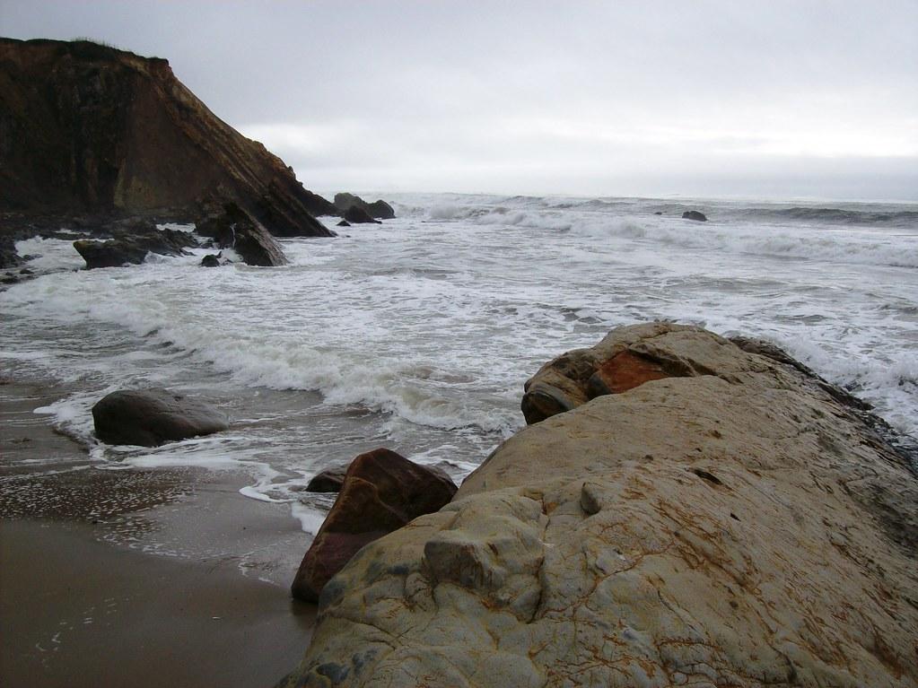 bowling ball beach near - photo #34
