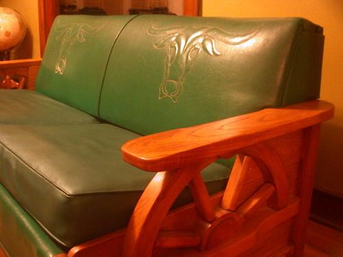 wagon wheel sofa