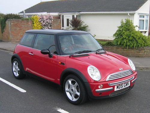 2002 mini cooper chilli red with black roof supplied by. Black Bedroom Furniture Sets. Home Design Ideas