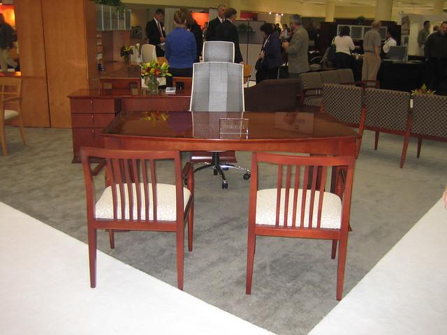 Paoli Paoli Desk By Bfi Office Furniture Flickr