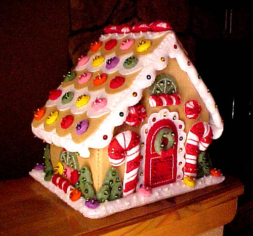 Gingerbread House of felt | A felt kit I did last winter. | Flickr