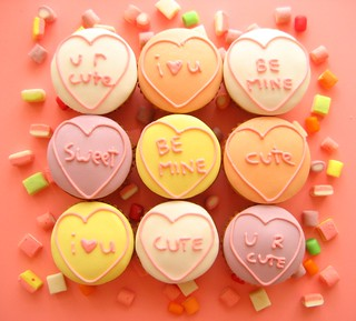 candy heart valentines cupcakes | by hello naomi