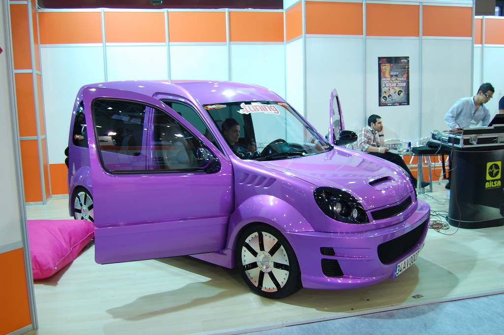 renault kangoo cnr istanbul tuning show 2008 t00fun. Black Bedroom Furniture Sets. Home Design Ideas
