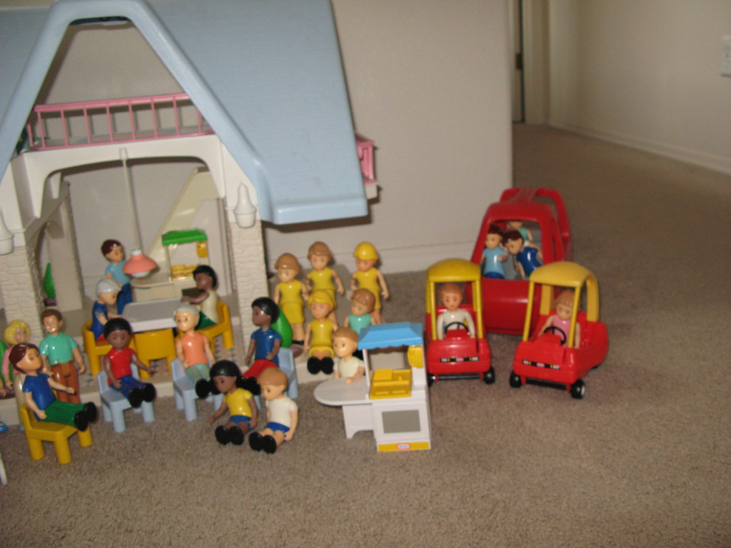 Delightful ... Little Tikes (Tykes) Doll House, Furniture, People, And Horses | By