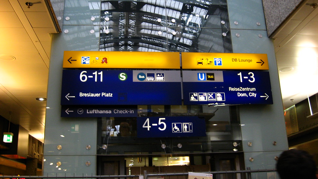 direction signs at cologne station r dv rs flickr. Black Bedroom Furniture Sets. Home Design Ideas