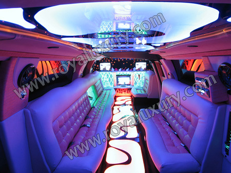 Audi Q7 limousine Interior | Audi Q7 Limousine from Royal ...