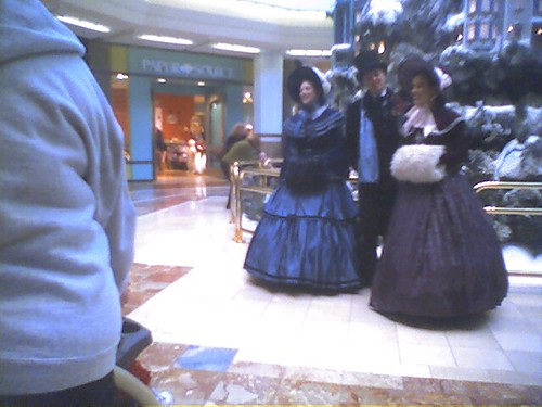 Christmas Carolers at South Coast Plaza | by charlesw