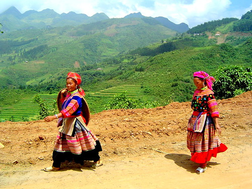 Hmong Girls walking from Bac Ha Market | by Phil-osophical Bird