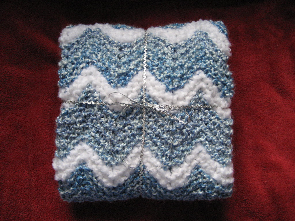 Knit Ripple Baby Afghan Pattern: Lion Brand Knit Ripple ...