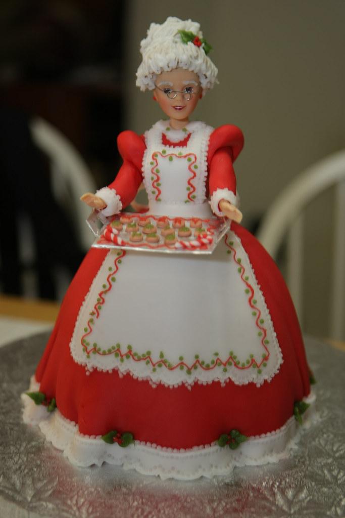 Wilton Doll Cake