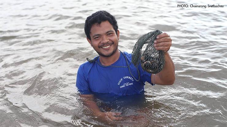 หอยสองฝาต้องอาศัยแพลงค์ตอนเป็นอาหาร เมื่อไม่มีแพลงค์ตอน หอยก็ไม่มี คนก็ไม่มีหอยกินเป็นอาหาร