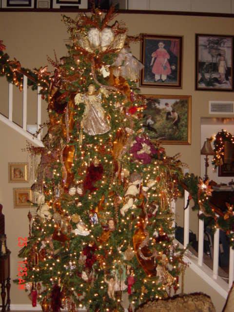 Rbol navide o en casa de barby mi hermana este es un - Arboles de navidad decorados 2013 ...