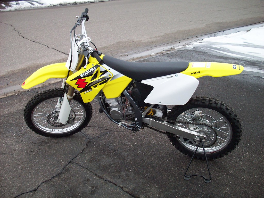 my brand new 2004 suzuki rm 125 my first dirt bike just b flickr. Black Bedroom Furniture Sets. Home Design Ideas