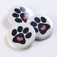 Paw & Heart buttons | by jnhkrawczyk
