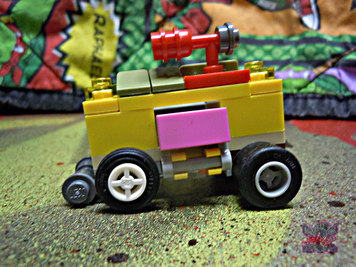 "LEGO TEENAGE MUTANT NINJA TURTLES :: ""Mikey's Mini-Shellraiser"" vi (( 2014 ))"