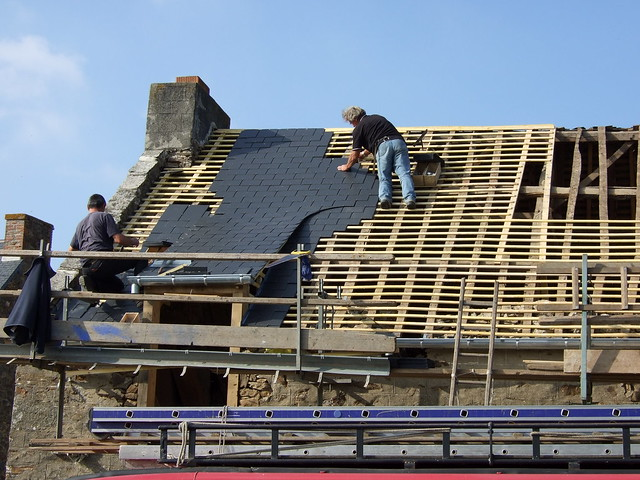 Best Roofing Company In San Antonio, Alamo Heights, Converse, Fair Oaks Ranch, Helotes, Kirby, Leon Valley, Live Oak, Universal City, Windcrest, Selma. Call us Today For Your Free Roof Inspection