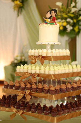 Jason & Quinnie's wedding tower of mini cupcakes! | by Yummy Piece of Cake