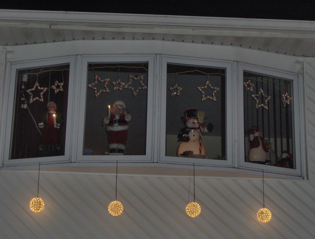 Christmas White House >> My House Decorated for Christmas: Top Window   My House Deco…   Flickr
