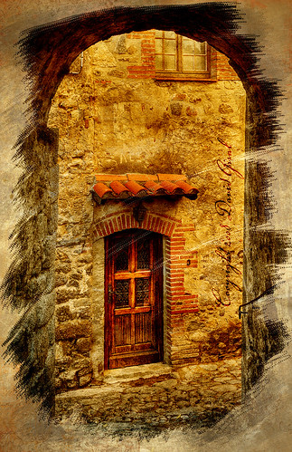 The Old passage to the wooden door HDR+texture | by David Giral | davidgiralphoto.com