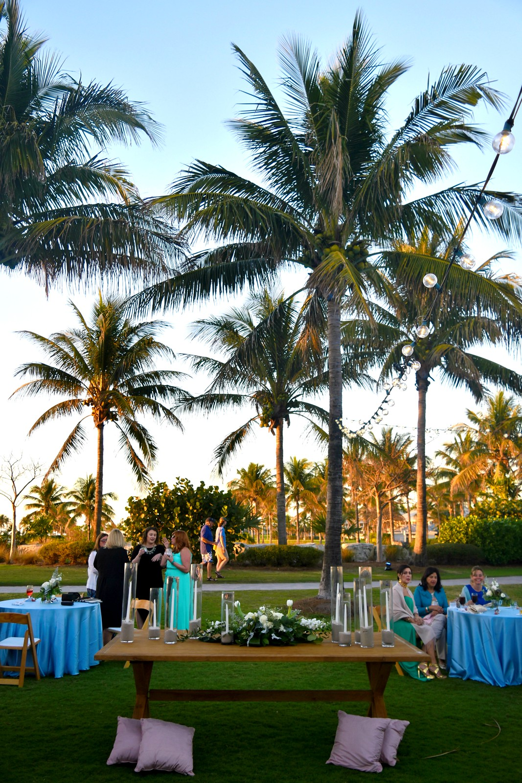 FL outdoor/beach wedding