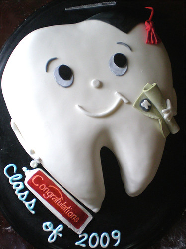 Birthday Cake Design For Dentist : happy tooth cake dental hygienist graduation cake ...