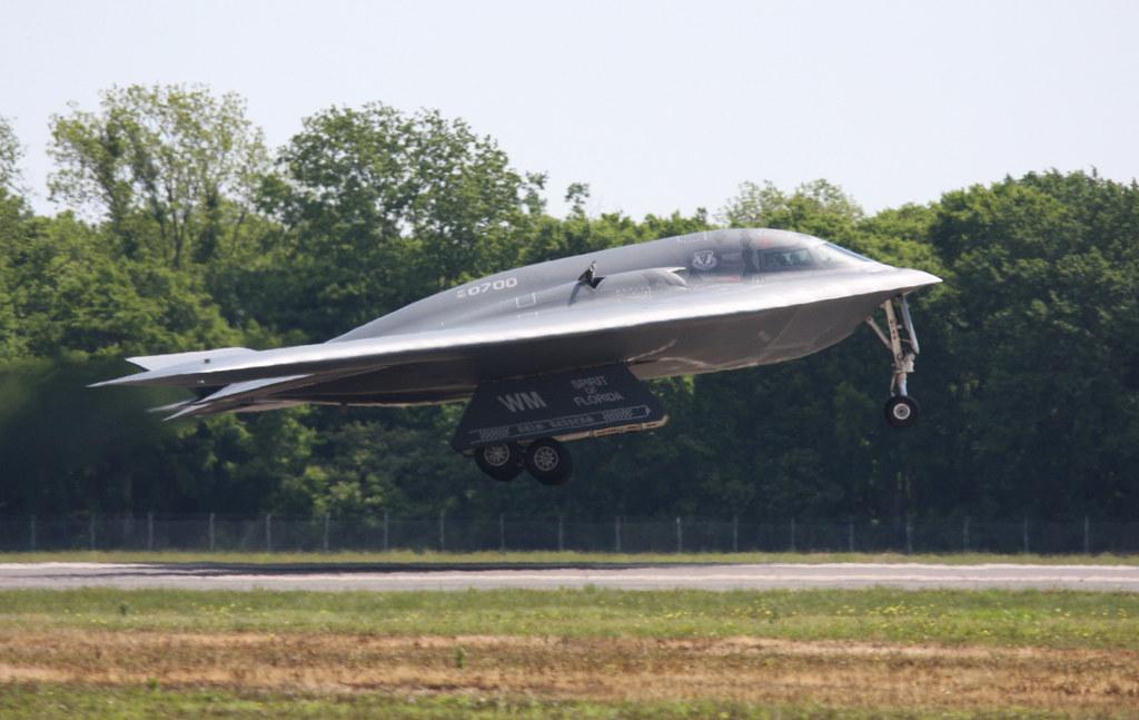 northrop grumman b 2 spirit stealth bomber av 17 spiri flickr